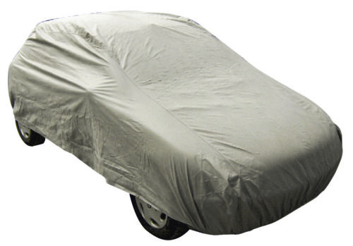Suzuki Baleno medio resistente al agua cubierta del coche