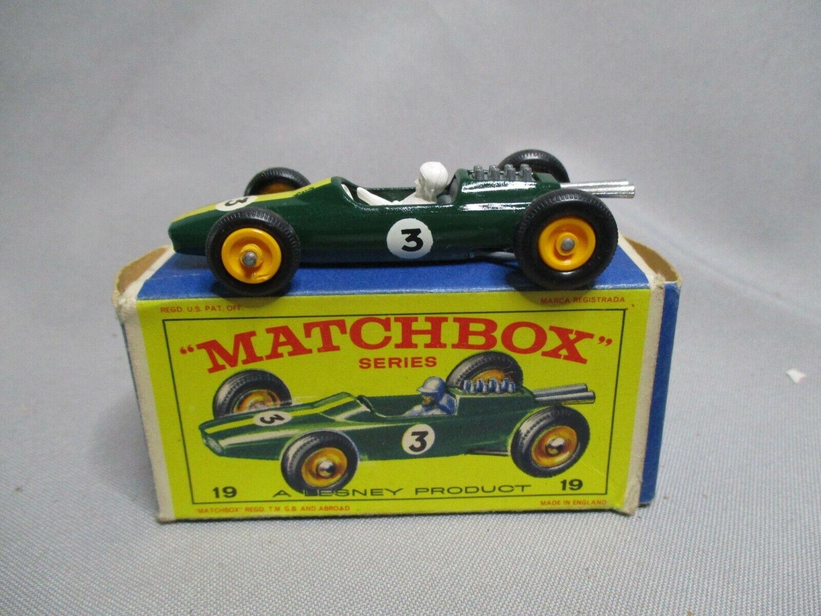 AJ809 MATCHBOX LESNEY LOTUS RACING Coche Réf 19 BON ETAT