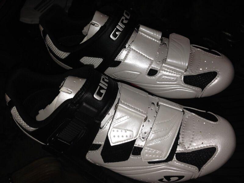 Giro Apeckx Road Cycling zapatos blancoooo Negro EU 41.5 8.25 nos NIB