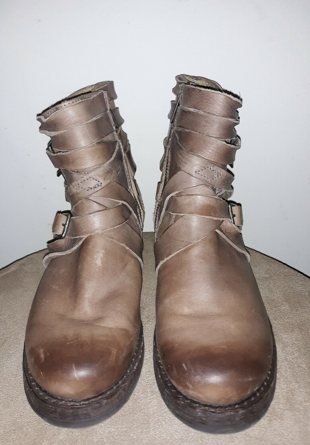 EUC Frye Brown Leather Pull On Ankle Boot Bootie Sz 6B Women's,Distressed Look