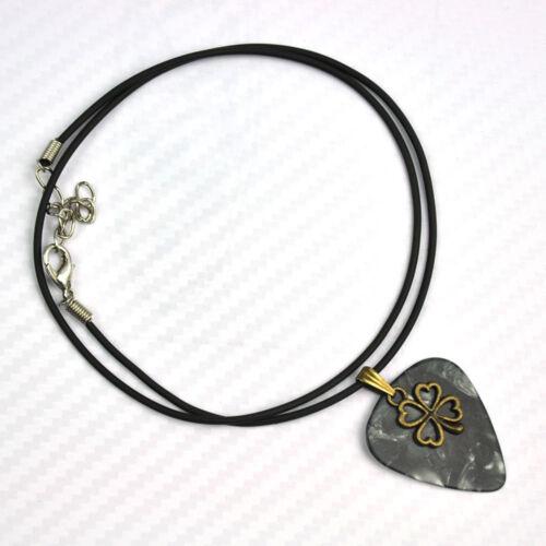 Taille moyenne Médiator collier métal trèfle à quatre feuilles porte bonheur cordon cuir