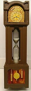 Vintage-1970-039-s-Grandfather-Clock-3-Minute-Egg-Sand-Hourglass-Timer-6-034-Tall-Nice
