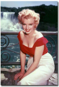 """2.5x3.5/"""" each Decorating Organizing Marilyn Monroe Collector/'s Magnets"""