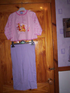 *** Vente *** Nouveau Rose/lilas Pyjama Winnie L'ourson 2-3 Ans ***-afficher Le Titre D'origine