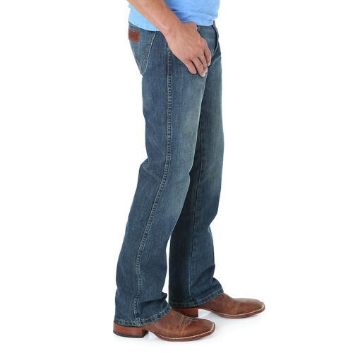 NO TAX SELL!!!! WRANGLER RETRO® 77MWZRW RIVER WASH Slim Fit Boot Cut Jean