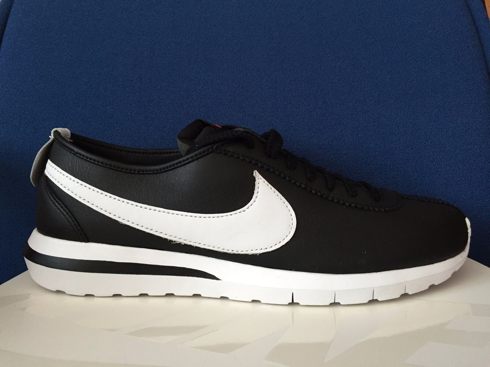 100% Authentic NIKE ROSHE CORTEZ NM SP QS Mens 13 BLACK WHITE NIKELAB 806952 010