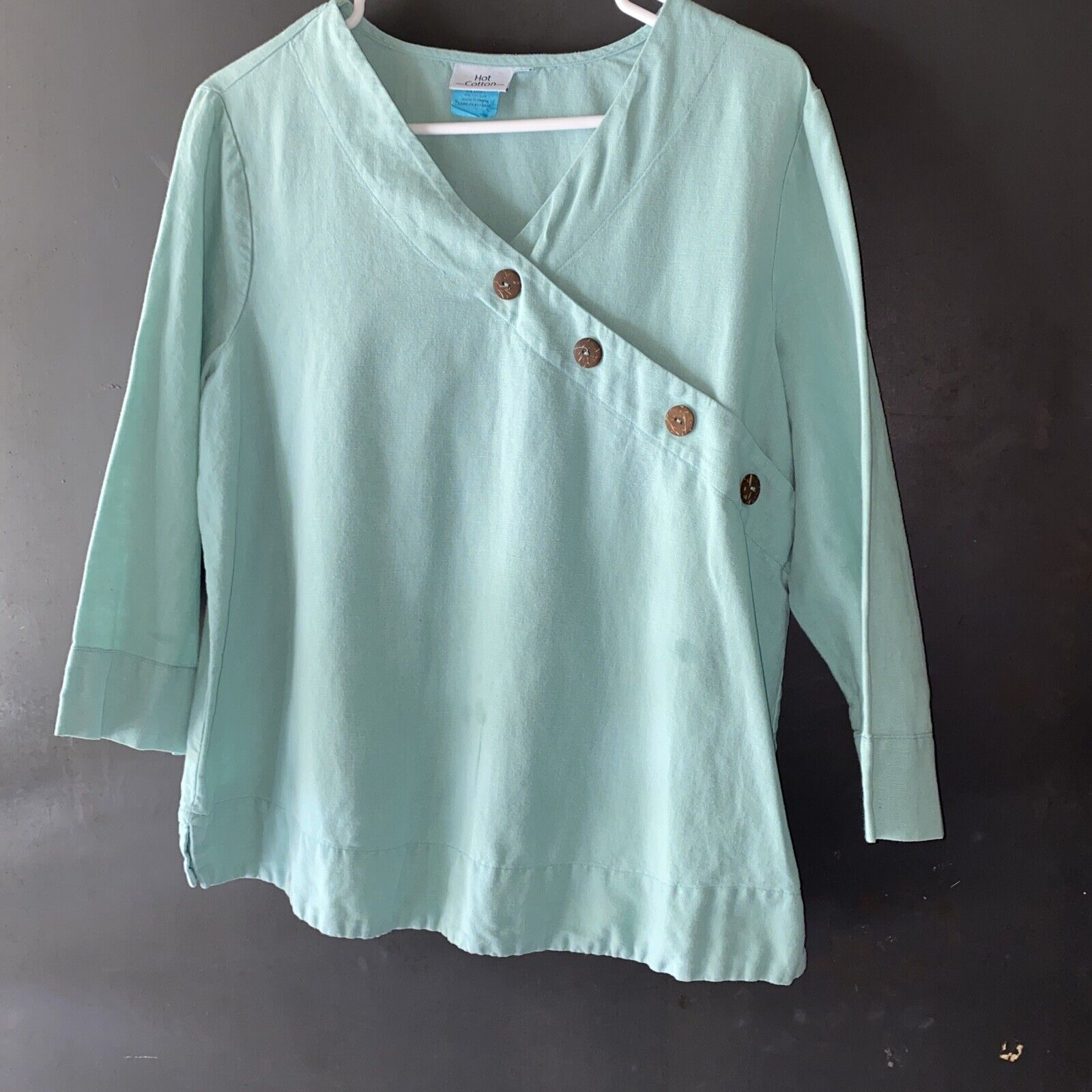 Hot Cotton Large Lt Green Top Linen Blend. Please… - image 1