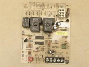 honeywell st9120c4057 furnace control circuit board hq1011927hw rh ebay com