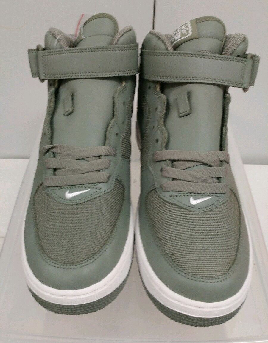 DS 2005 Nike Air Force One Mid 306352 331 Size 9.5