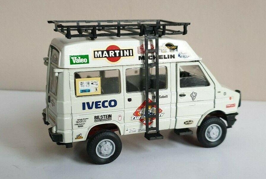 consegna veloce Iveco Iveco Iveco Rtuttiye autobus-Begleitfahrzeug, 1 43 Old autos ++NEU++  alta qualità e spedizione veloce