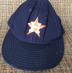 best website 8af12 f46a6 Image is loading Vtg-Houston-Astros-MLB-Cap-Hat-ANNCO-Fitted-