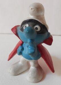 Ancienne-Figurine-SCHTROUMPF-masque-avec-cape-PEYO-W-GERMANY-Vintage-70-039