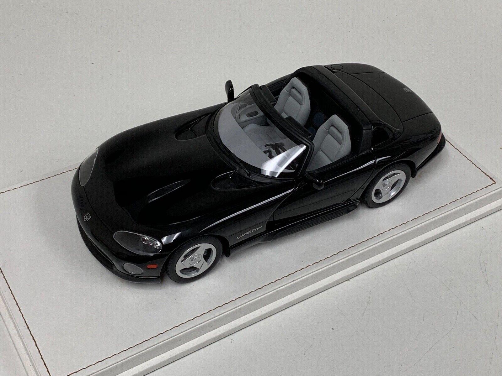 1 18 GT Spirit Dodge Viper PHASE RT 10 SR ROADSTER Noir US003 Cuir