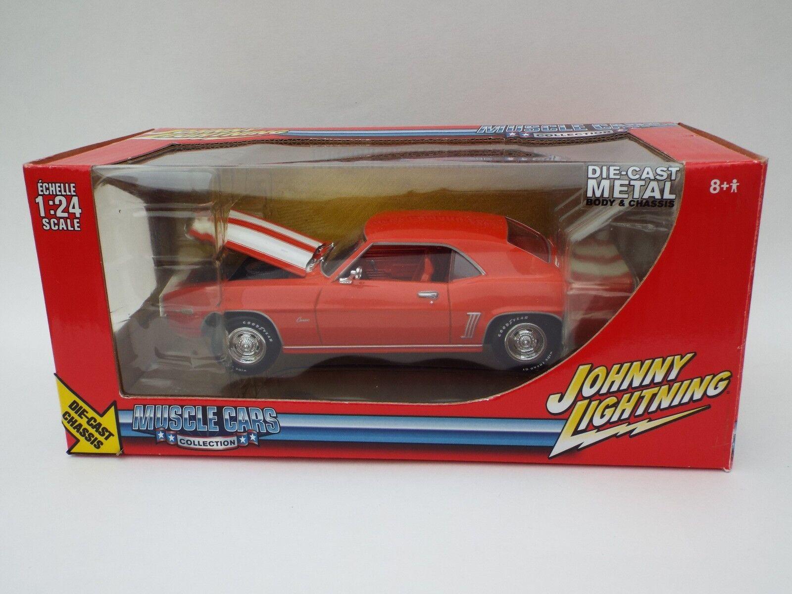 Johnny Lightning 1969 Chevy Camaro Z28 échelle 1 24 New in Box