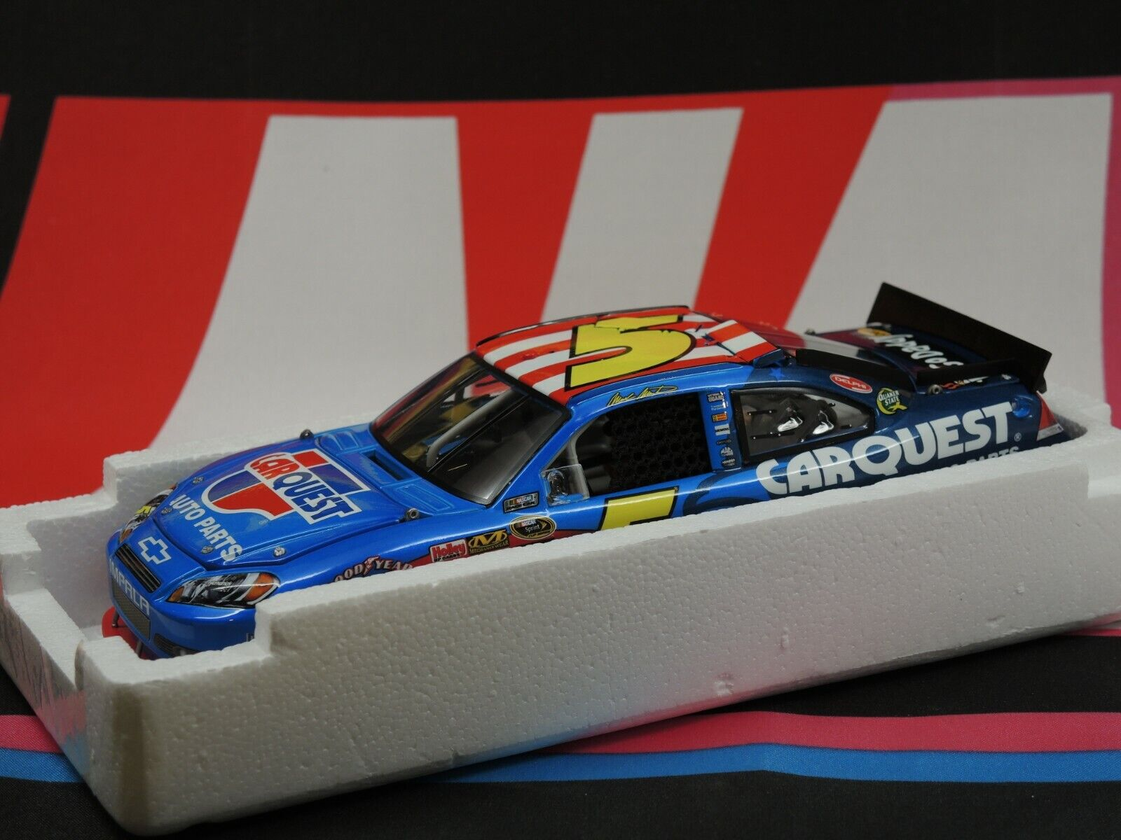 Mark Martin #5 Carquest Honoring Our Soldiers 2010 1:24 Elite