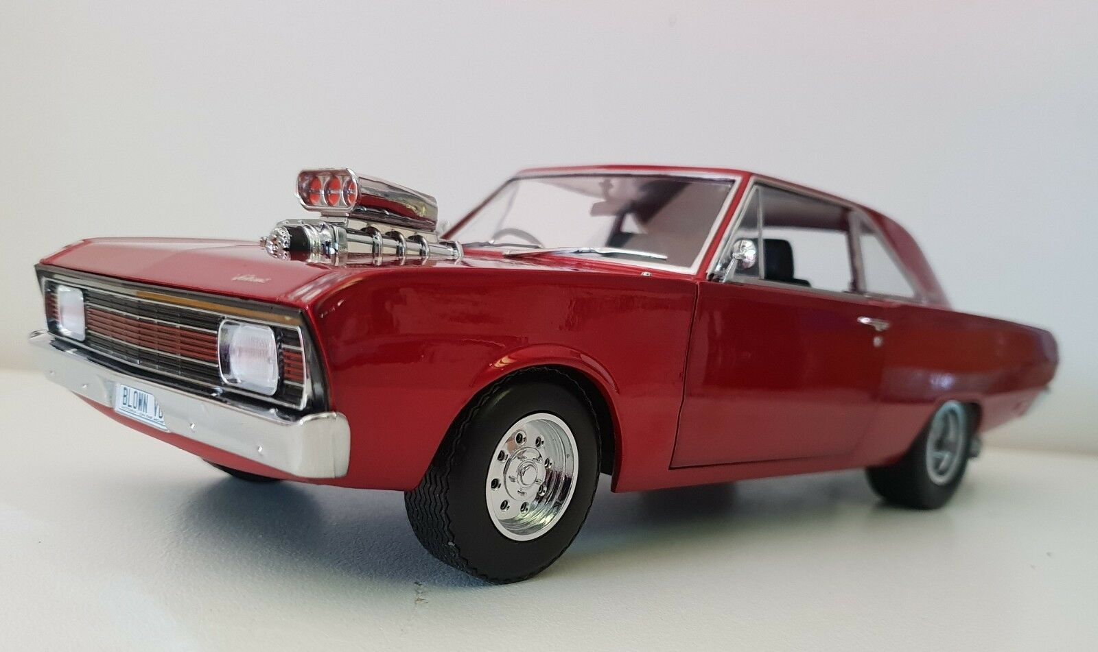 1 18 vertlight Collectibles 1970 Chrysler Valiant VG Pacer Drag Car - Candy rouge