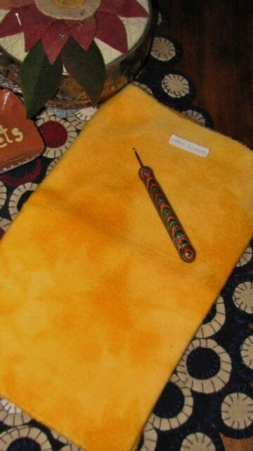 1/4 YD 100% HAND DYED WOOL FOR RUG HOOKING OR WOOL APPLIQUE ~ YELLOW SUNSHINE