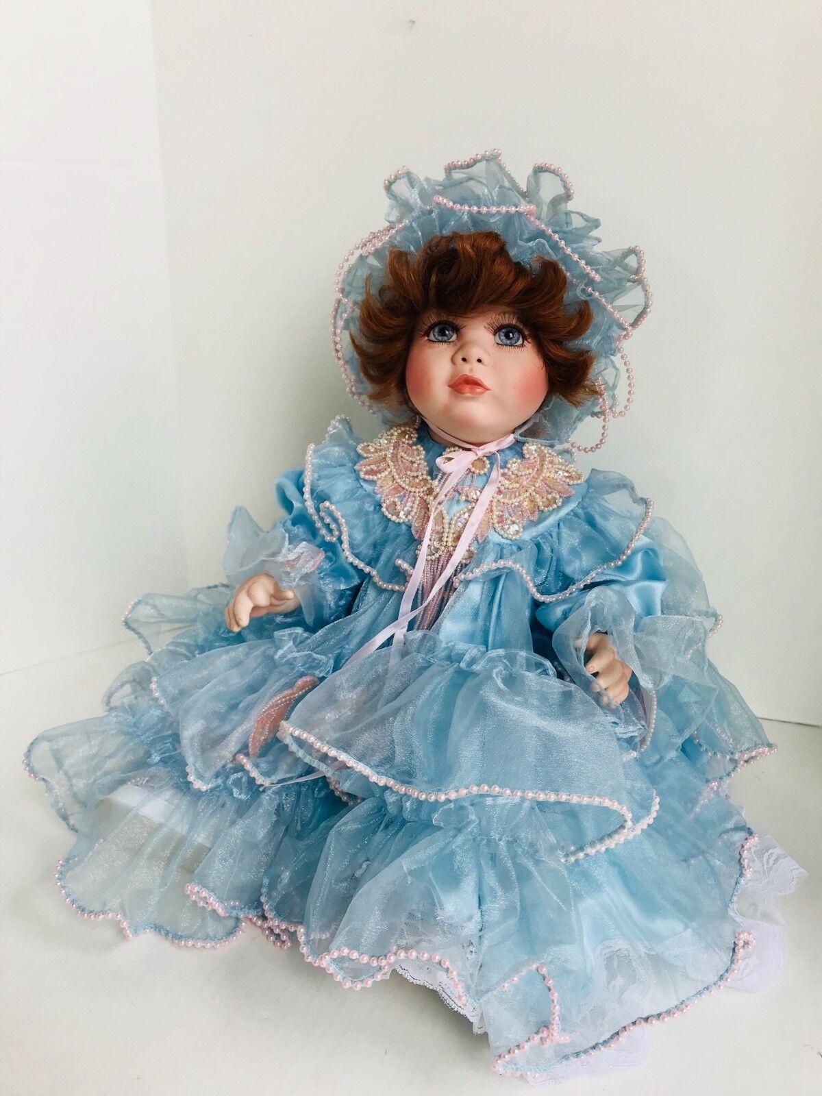 Muñeca por Rusti Victoriano mayores vestido azul de bebé 22  De Alto