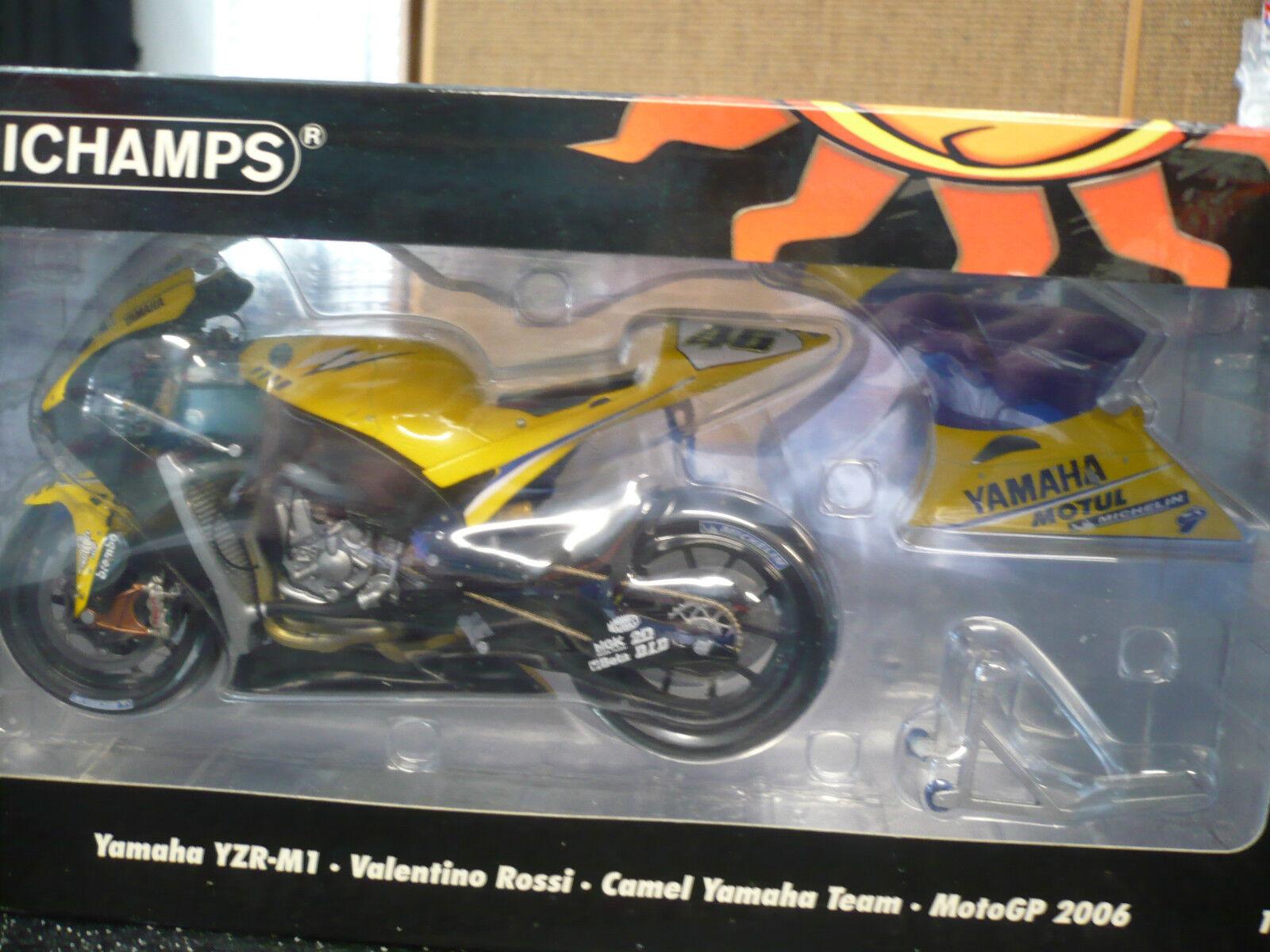 1 12 Valentino Rossi 2006 MotoGP Yamaha YZR-M1 Camel Yamaha Team Minichamps