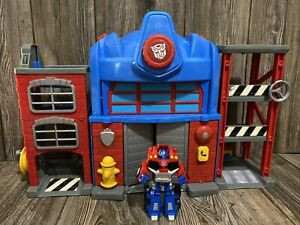 Transformers Rescue Bots Optimus Prime Fire House Station Playset, Lights Sounds