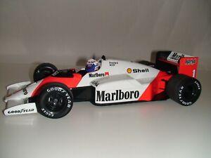 1:18 Minichamps Alain Prost McLaren Mp4 / 2c 1986 - Marlboro Livery Ltd à 700pcs