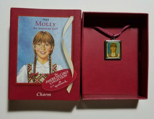 NEW IN BOX! American Girl Hallmark Molly Charm for Charm Bracelet