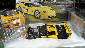 CHEVROLET-CORVETTE-C5R-3-EARNHARDT-1-12-ACTION-GMP-13121-voiture-miniature-coll