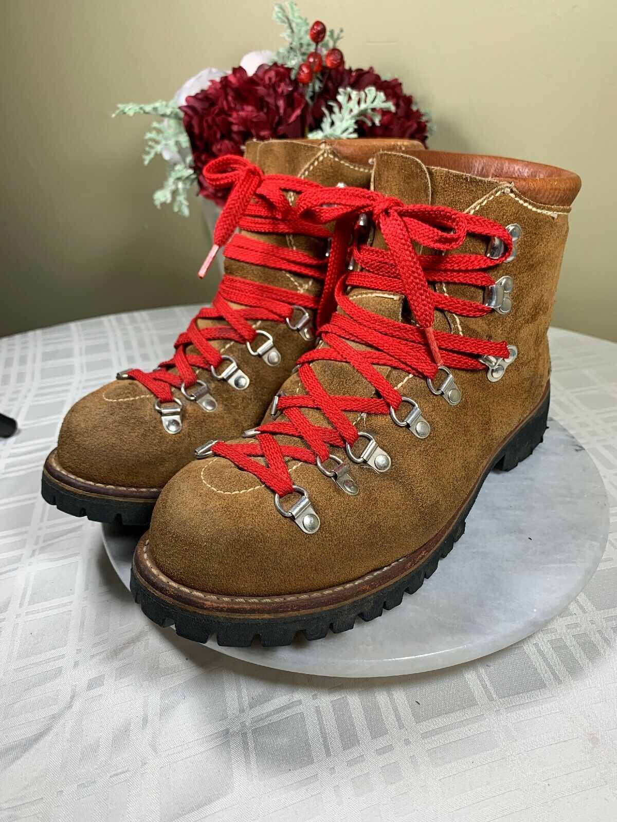 GREAT HIKING SAND TAN SUEDE BOOTS VIBRAM SOLES MEN'S  SIZE US 8 WOMEN'S 9 9.5 M  promotions