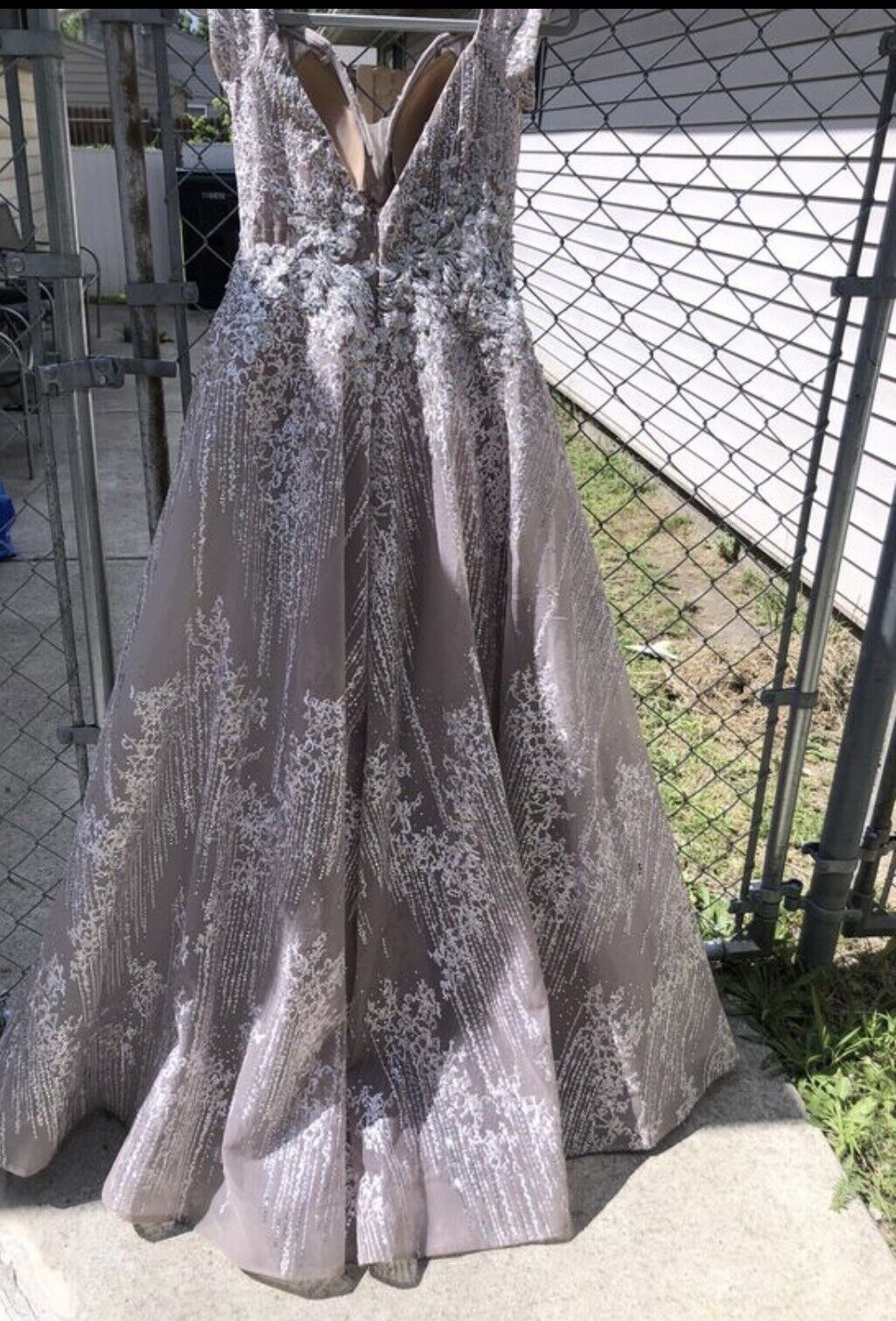 Ball Gown - image 5
