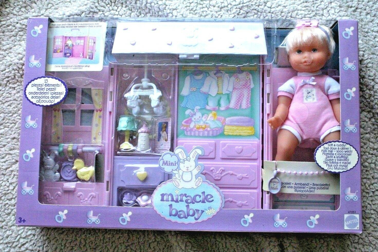 MINI MIRACLE BABY NURSERY (BEBÉ 21CMs). MATTEL 2002. NO BARBIE, BRAND NEW IN BOX