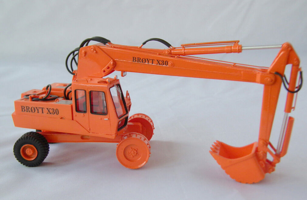 1 50 Excavator Broyt X30 wheels cab 2 - Ready Made Resin Model by Fankit Models