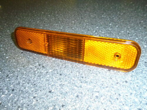 inc bulb and holder ** NEW Triumph TR7 TR8 ** AMBER CRUISE LAMP Front