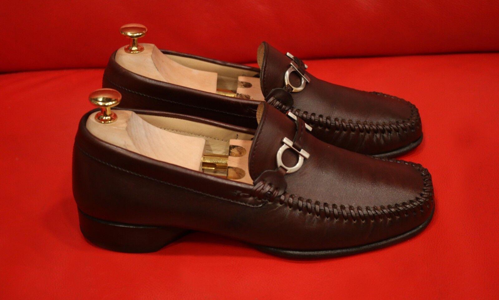 vendite online    649.00     FERRAGAMO 1UNIQUE Marrone BITS DRESS SLIP-ON LOAFER scarpe Dimensione 6.5 EE  negozio di vendita outlet
