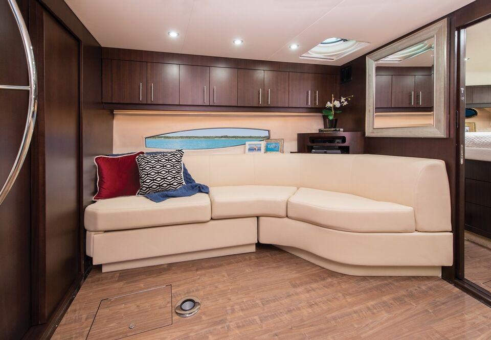 Regal 46 Yacht, Motorbåd, årg. 2018