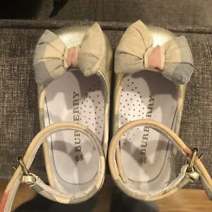 Burberry-Shoes-Baby-Girl