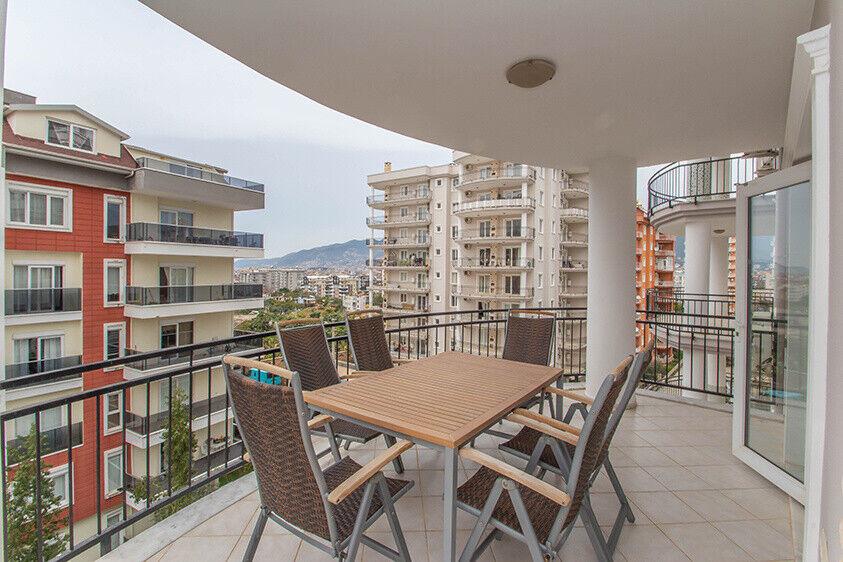 Lejlighed i Alanya, Tyrkiet, 30m2 terrasse med...