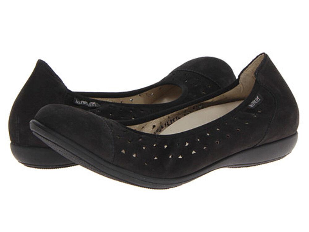 NEW IN BOX Mephisto Women's Axabel Flats Black Bucksoft shoes  Size - 7