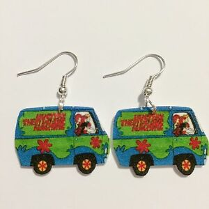 Scooby Doo Mystery Machine Daphne Gy Fred Earrings