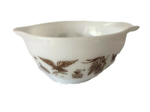 Vintage Pyrex 441 Americana Eagle Cinderella Bowl White Brown 1 1/2 Pint