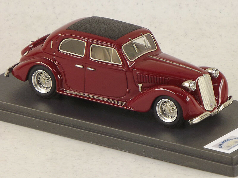 AM43352 Alfa Romeo 6c 2300 Berline 1935 MAROON