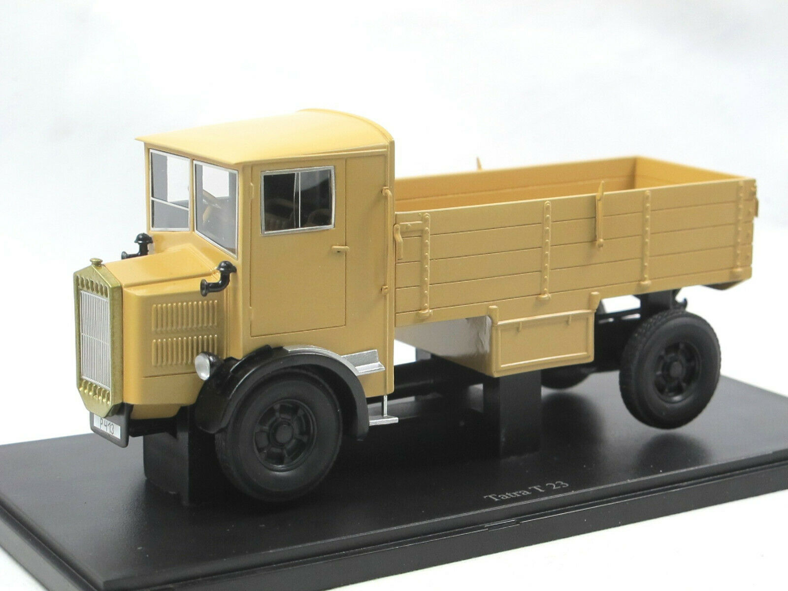 Autocult 11010 - 1931 TATRA t23 Camions Voitures classiques - 1 43 limited edition