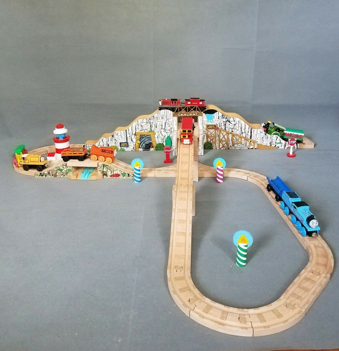 Thomas& Friend Train Wooden Railway Up and Around