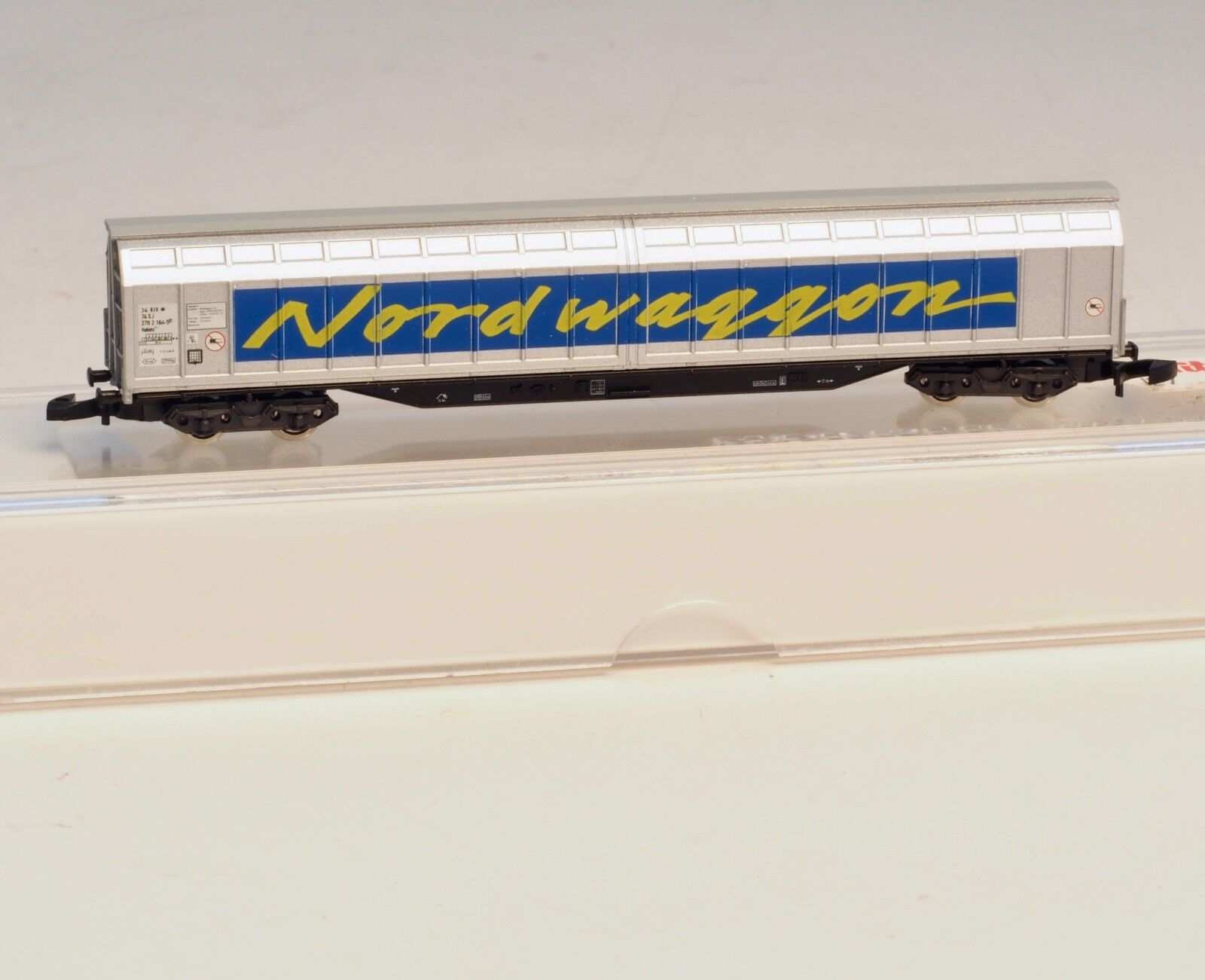 82413 Marklin Z-scale Large capacity Sliding wall car  Nordwaggon  SJ Swedish RR