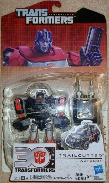 Transformers G1 Generations Thrilling 30 Deluxe Trailcutter / Trailbreaker MOSC