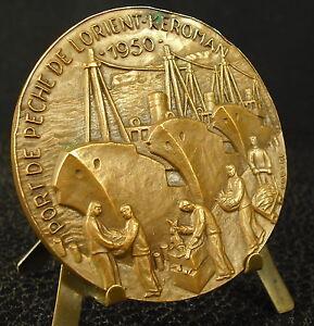 Medaille-Ville-d-Lorient-Port-de-Keroman-bombardement-1943-retour-de-peche-Medal