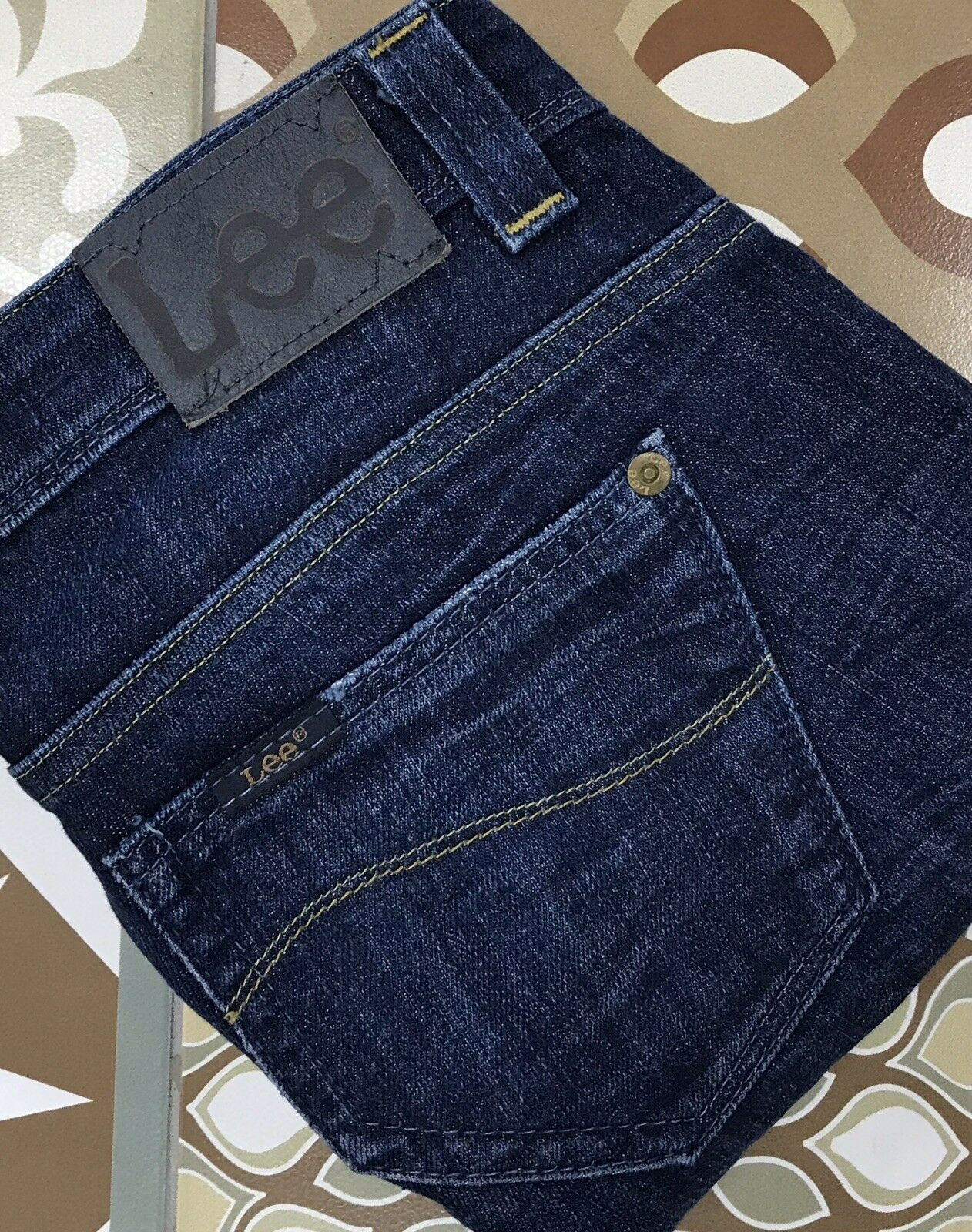 Lee Bliss Ladies Jeans Labelled Size W28 L31. Nice Factory Effects. Dark Indigo