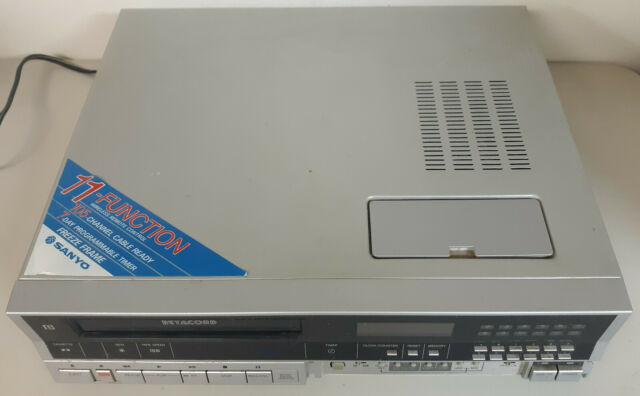 BETA Sanyo 4650 Betacord Video Cassette Tape Player/Recorder Betamax VCR