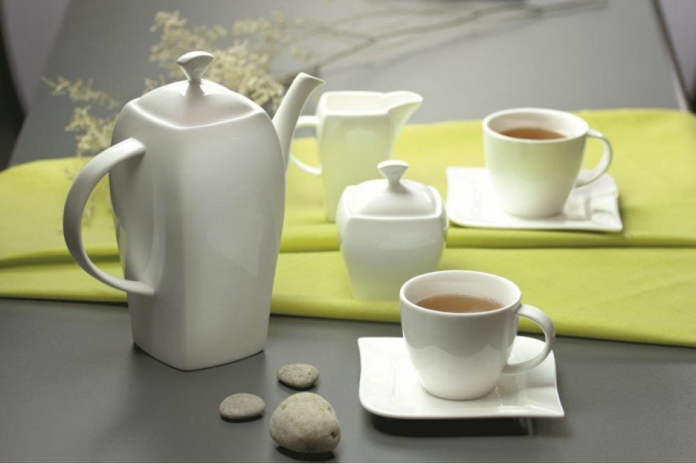 23 Pc Porcelain Tea Coffee Set Mugs Cups Saucers Saucers Saucers Milk Jug Plates Dessert Ceramic 0d80c5