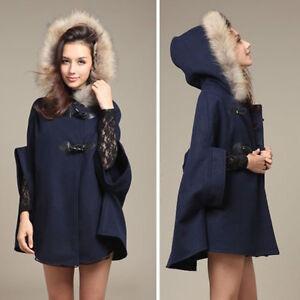 Mantel mit kapuze und pelz