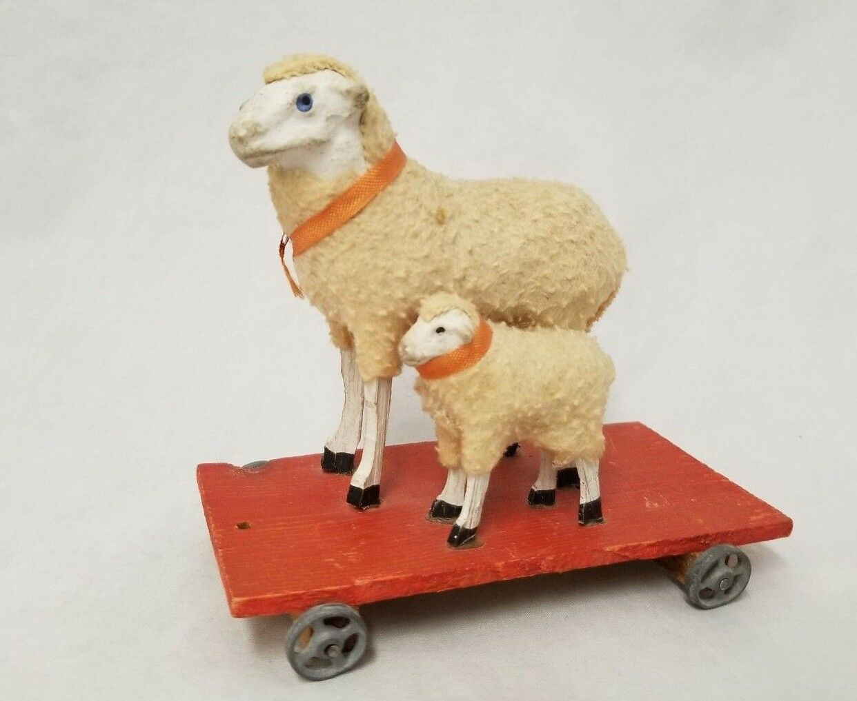 Antique Vintage 1920's Sheep Platform Pull Toy